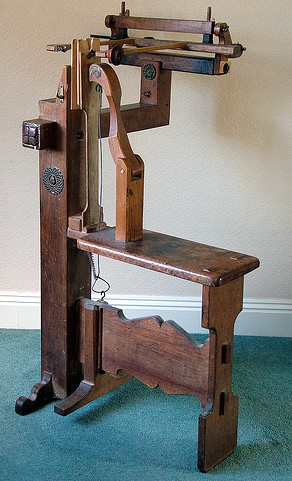 Marquetry cutter's donkey